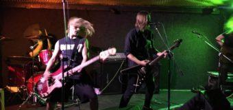 Fotografie a videa z koncertu Black House Hill [SWE] + Lost Wisdom [SWE] v Ponorce